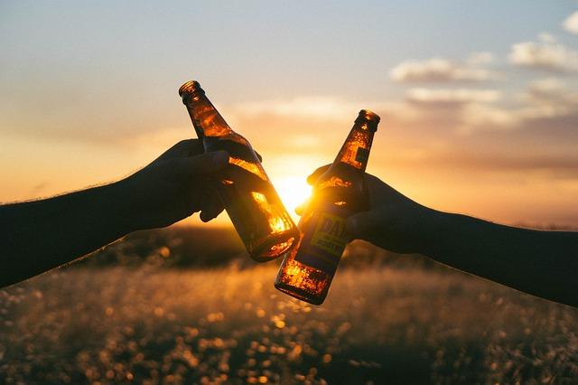 プロが教えるHMBの飲み方。摂取量とタイミングが重要